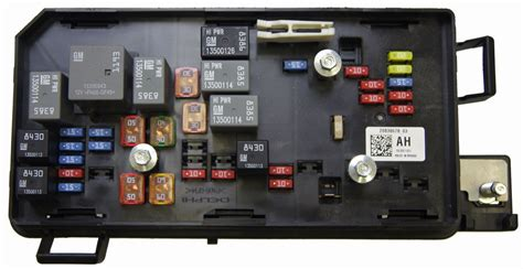 Buick Lucerne Fuse Box by 2009 11 Cadillac Dts Buick Lucerne Fuse Block New Oem