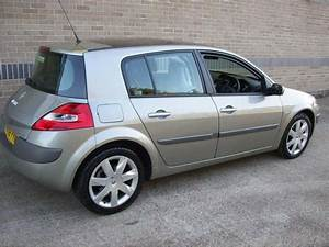 Renault Megane 2 0 2008 Technical Specifications