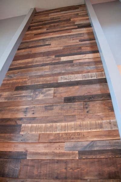 demi armoire cuisine comment faire un mur en bois de palette