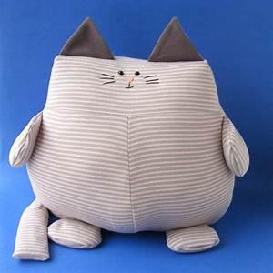 Use Stretchy Knit Fabric to Make Extra Soft Stuffed ...