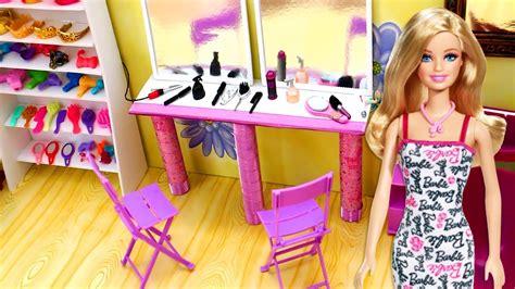 Juego De Barbie Peluqueria Y Maquillaje Maquillaje