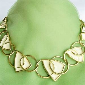 vintage jewelry and collectibles etsy by dazzledbyvintage