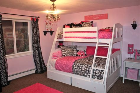 pretty girl bedrooms    princesses