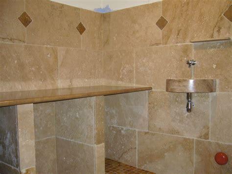 carrelage salle de bain naturelle salle de bains en pierres naturelles azur agencement