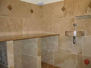 salle de bains en pierres naturelles azur agencement With carrelage en pierre naturelle salle de bain