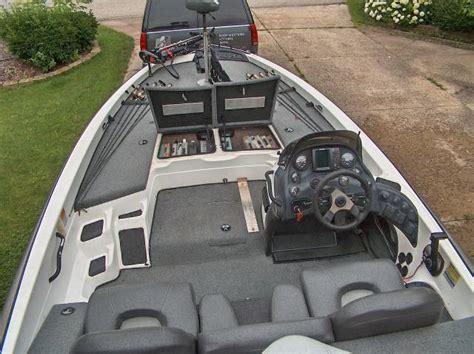 Bass Boat Jack Plate Setup by 2000 929cdx Bass Boat
