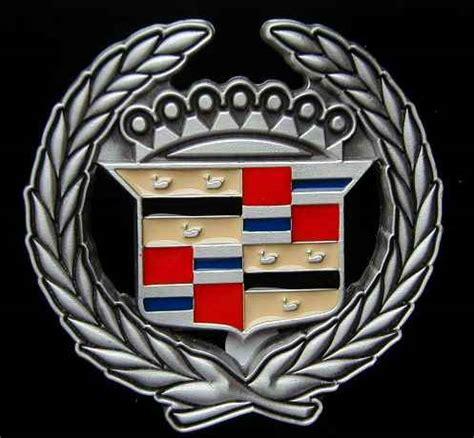 logo cadillac redirecting