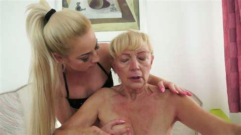 Horny Granny Szuzanne Makes Love With Anastasia Blonde