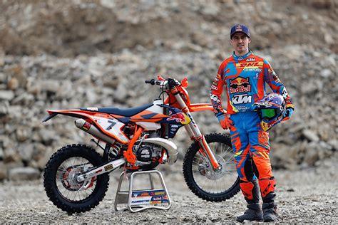 Ktm Enduro Racing Team Is Ready For 2017 Season