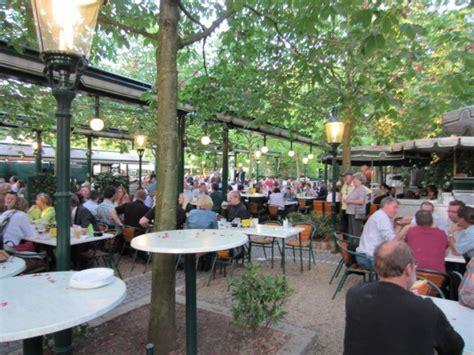 Der Garten Restaurant Prater by Der Kastanien Garten Quot H 252 Tteldorf Quot Aus Betrachtet