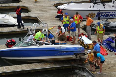 Boating Accident Smith Mountain Lake by Boat Jumps Dock In Smith Mountain Lake Accident Teamtalk