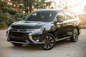 2018 Mitsubishi Outlander Phev And Outlander Earn Top