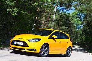 Ford Focus St 250 : albums photos essai ford focus st 250 ch ~ Farleysfitness.com Idées de Décoration
