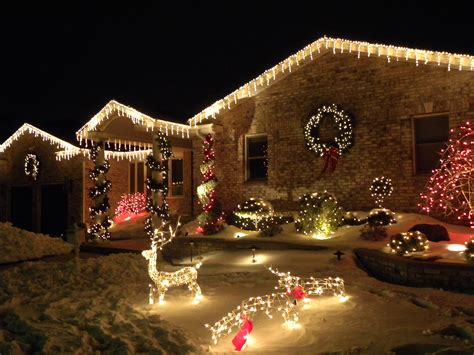 holiday outdoor lighting should already be on your mind
