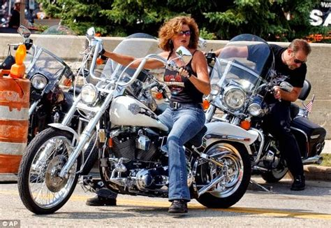 Why Women Riding A Harley Feel