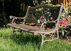 Gartenmöbel Aus Metall : praktische pflegetipps f r gartenm bel aus metall garten allerlei ~ One.caynefoto.club Haus und Dekorationen