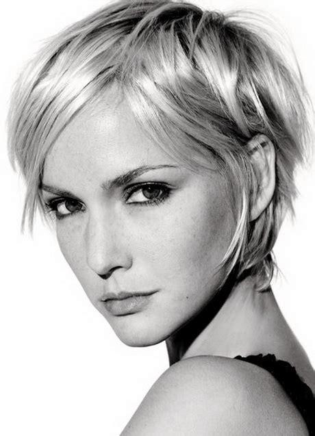 Frisur blond kurz