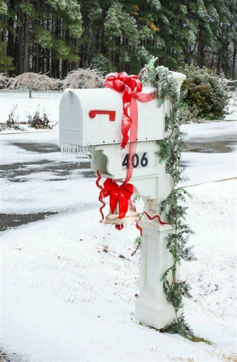 holiday mailboxes decorating  mailbox   holidays
