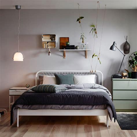 papier peint deco chambre 6 idées pour décorer le dessus de sa tête de lit