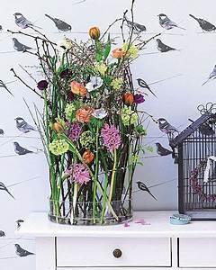 Deko Hauseingang Frühling : blumen deko ideen f r den fr hling indoor spring decor blumen blumen gestecke und ~ Orissabook.com Haus und Dekorationen