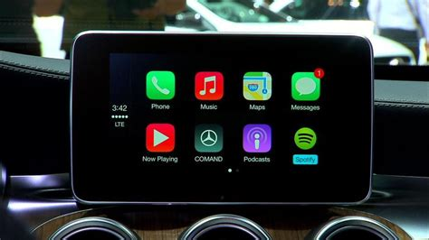 mazda apple carplay apple s new carplay partners include chrysler mazda and
