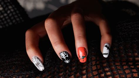 18 Halloween Nail Art Ideas To Try This Year