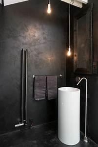 Putz Für Badezimmer : schwarzer putz f r w nde ist elegant und eignet sich f r verschiedene einrichtungsstile ~ Watch28wear.com Haus und Dekorationen