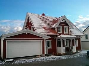 Haus Mit Gaube : einfamilienhaus holzhaus schweden stil satteldach mit ~ Watch28wear.com Haus und Dekorationen