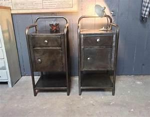 Table De Nuit Metal : anciennes tables de nuit d 39 hopital ~ Carolinahurricanesstore.com Idées de Décoration