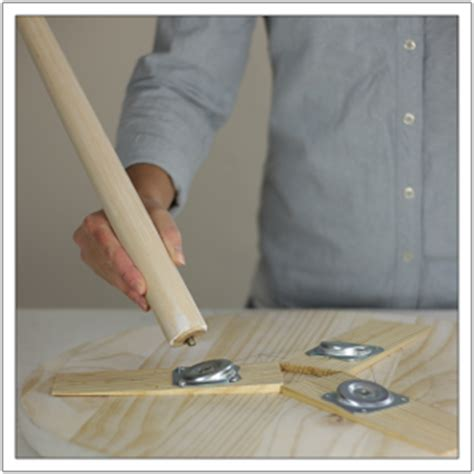 how to attach table top to legs build a round side table build basic