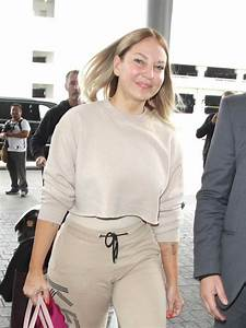 Sia Furler gossip, latest news, photos, and video.