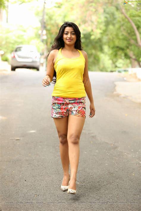 indian hot actress photos exclusive tarunikka singh ragalahari exclusive photo shoot image