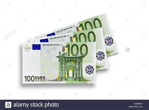 Divani Angolari 300 Euro : Drei 100 Euro-banknoten, 300 Euro Auf 100 % Weißen