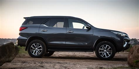 Review Toyota Fortuner by 2017 Toyota Fortuner Crusade Review Caradvice