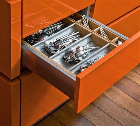 Kitchen Drawer Organizing Ideas - 5 tips to organize kitchen drawers ward log homes