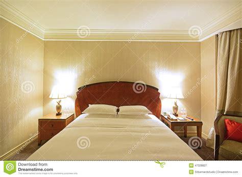 chambre spacieuse chambre à coucher spacieuse de luxe avec les les