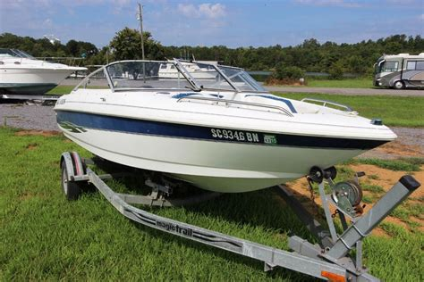 Larson Runabout Boats by Larson 1765 Runabout W Trailer Runs Strong Ready To Go