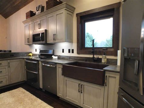 13 Unique Amish Kitchen Cabinets  Home Ideas  Home Ideas. French Provincial Living Room Furniture For Sale. Living Room With High Ceilings Decorating Ideas. Living Room Red Blue. Living Room Wall Rack. Hgtv Fixer Upper Living Room. Living Room Red And Brown. Traditional Living Room Furniture Design. Living Room Theaters Fau Movie Times