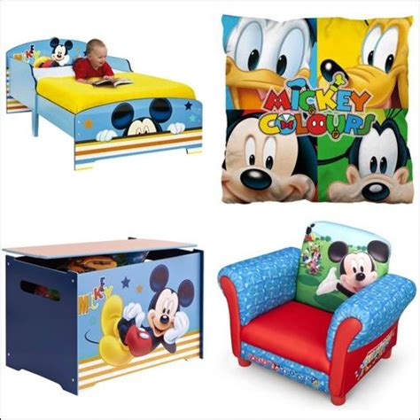 chambre mickey déco chambre mickey exemples d 39 aménagements