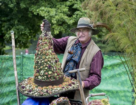 Chorley Flower Show held in Astley Park.Ray Rowe of Sunray ...