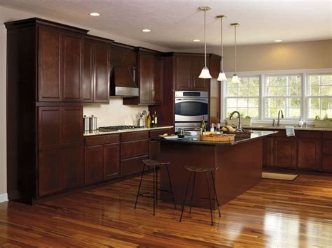 amtico kitchen flooring java glaze finish on these maple landen doors by 1247