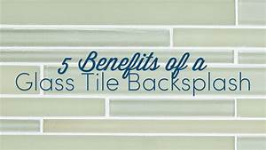 5 benefits of glass tile backsplash mees distributors inc for Advantages of using glass tile backsplash