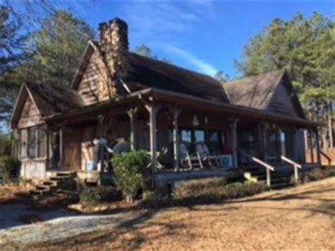 beautiful cabin   acres farm  sale troy