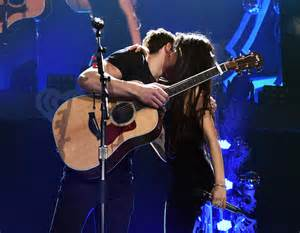 Shawn Mendes & Camila Cabello Performed 'I ...