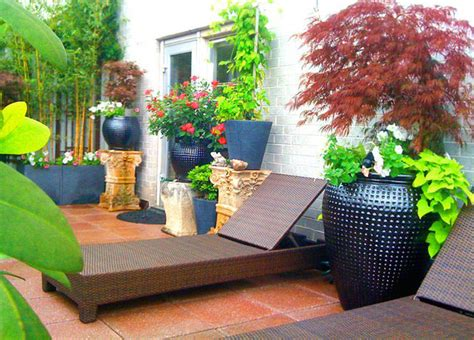 Classical Living Room Furniture by Manhattan Terrace Deck Roof Garden Pavers Chaise Lounge