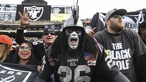 An Oakland Raiders superfan livestreamed his goodbye to ...