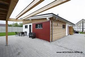 Fertighaus Mit Grundstück Kaufen : pultdach haus von wolfhaus denk fertighaus bungalow ~ Lizthompson.info Haus und Dekorationen