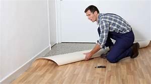 Assentar piso sobre piso é opção para reformar sem entulho Bbel