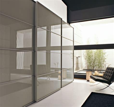 Kleiderschrank Für Wohnzimmer by Moderne Kleiderschr 228 Nke Stilvolle Ideen F 252 R Ihr Schlafzimmer