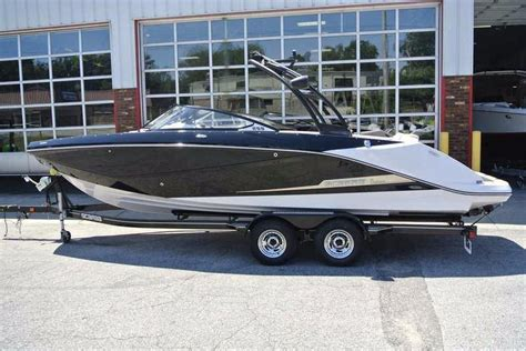Scarab Boat Accessories by 2016 New Scarab 255 Ho Ski And Wakeboard Boat For Sale